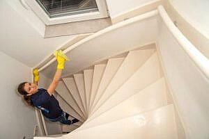 schoonmaakbedrijf-rhenen trappenhuis reiniegen schoonmaken