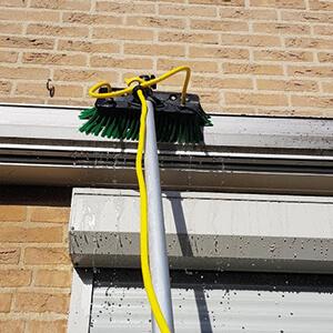 schoonmaak borstel zonnewerking buiten techniek schoonmaak